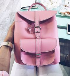Pink leather backpack www.grafea.com