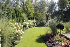 photography - Home And Garden Side Garden, Lawn And Garden, Outdoor Landscaping, Front Yard Landscaping, Beautiful Flowers Garden, Beautiful Gardens, Landscape Design, Garden Design, Garden Hedges