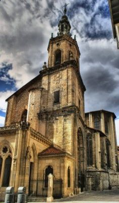 Iglesia de San Pedro en Vitoria-Gasteiz, España