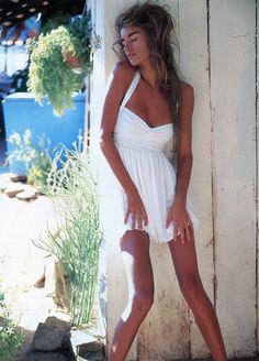 Susan holmes , year and magazine unknown blast from the past 90s Models, Fashion Models, Fashion Photo, 90s Fashion Overalls, Susan Holmes, Skinny Inspiration, Body Inspiration, Gossip Girl Reboot, Models Backstage