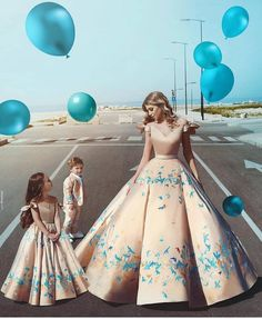 Beautiful mother daughter and son bridal inspiration. The outfit colour though Use the link on our bio for more Photography Mommy Daughter Dresses, Mother Daughter Matching Outfits, Mother Daughter Fashion, Mommy And Me Outfits, Mother Daughters, Mother Mother, Mom Daughter, Fashion Kids, Fashion Face