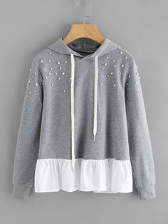 To find out about the Pearl Beaded Contrast Frill Hem Hoodie at SHEIN, part of our latest Sweatshirts ready to shop online today! Look Fashion, Hijab Fashion, Fashion Dresses, Fashion Design, Girl Outfits, Casual Outfits, Cute Outfits, Jenifer, Stylish Hoodies