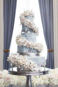 glamorous ballroom wedding cake idea