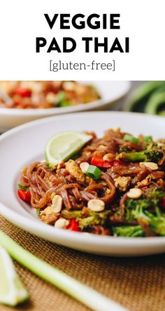 Get the taste of your favorite thai dish with a vegetarian twist in this easy veggie pad thai recipe. It's ready in just 20 minutes and will give you the extra dose of veggies you need for a filling and flavorful dinner recipe. #vegetarian #glutenfree #dinner #healthy dinner