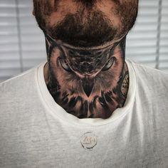 Tattoo by zeta_tattoo Tattoo Cou, Owl Neck Tattoo, Neck Tattoo For Guys, Hamsa Tattoo, Diy Tattoo, Tattoos For Guys, Compass Tattoo, Best Neck Tattoos, Head Tattoos