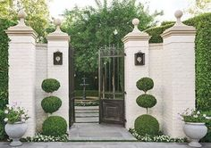 """1,010 Likes, 13 Comments - Milieu Magazine (@milieumag) on Instagram: """"A welcoming entry to a classically styled neo-Georgian home 