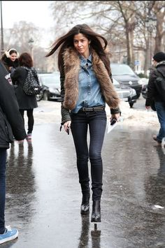 Haute Couture Street Style // Barbara Martello - All The Pretty Birds Trend Fashion, Look Fashion, New Fashion, Fashion Outfits, Fashion Editor, Paris Fashion, Mode Style, Style Me, Winter Stil