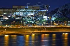 http://arizonafoothillsmagazine.com/nitelife/wp-content/uploads/2011/08/sun-devil-stadium.jpg