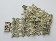lovely bracelet--free pattern