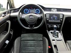 Volkswagen Passat GTE Sportscombi (2016). © Eric Lund. (Photo taken in Sweden, 2016.)