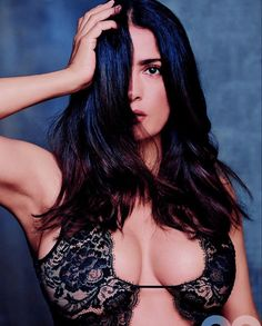 Salma Hayek bosom in black lace Hottest Female Celebrities, Beautiful Celebrities, Beautiful Women, Celebs, Hottest Women, Hottest Pic, Salma Hayek Joven, Salma Hayek Pictures, Brunette Actresses