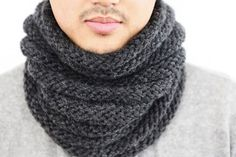 Crochet Patterns Cowl Loop scarf knitting instructions for your boy Chunky Knitting Patterns, Cowl Patterns, Crochet Patterns, Knitting Kits, Easy Knitting, Loop Scarf, Knit Cowl, Knitting Accessories, Knit Fashion