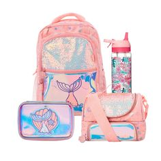 Mochila Floral, Little Girl Crafts, Jojo Siwa Outfits, Baby Dolls For Kids, My Little Pony Dolls, Galaxy Backpack, Cool School Supplies, Baby Doll Nursery, Cute Stationary