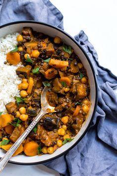 Strukoviny variť spolu so zeleninou. Vegetarian Cooking, Healthy Cooking, Vegetarian Recipes, Diet Recipes, Cooking Recipes, Healthy Recipes, Diet Meal Plans, Main Meals, Food Inspiration