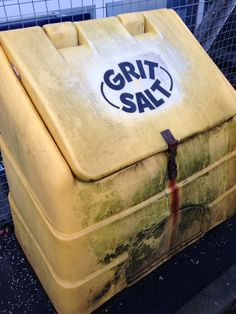 Day 3: A familiar sight of grit salt boxes  Photo Credit: (T.E. Howe)  Location: Bearsden, Glasgow  More at: http://www.glasgowcityofscience.com/about-us/our-demonstrator-projects/177-12-days-of-science-at-christmas