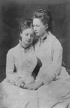 Kaiserin Augusta Victoria of Prussia and sister Karoline ofSchleswig-Holstein