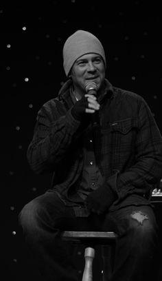 Nerds News Alert Blog  (5-30-2017) post about #ChristianKane and others at #StarfestDenver > https://nerdalertnewsblog.wordpress.com/2017/05/30/walter-koenig-christian-kane-and-rene-auberjonois-at-starfest-2017/comment-page-1/#comment-209