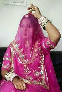 पहनावा हमारा ऐसा सिरमौर सब पहनावे का   ...                           गहना हमारे ऐसे रंग रंग चमके सूरत   ....                                          घूमर रमबा नीसरु कर श्रृंगार पूरा      मान करो म्हारे कुल रो   ....                                        ।। जय जय राजपुताना ।।
