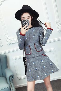 Embroidered O-neck long sleeved wool jacket with Dress 2 set