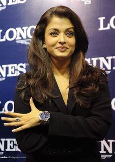 Aishwarya Rai 2009 May to December Aishwarya Rai Images, Actress Aishwarya Rai, Aishwarya Rai Bachchan, Bollywood Actress, Most Beautiful Indian Actress, Most Beautiful Women, Royal Ascot Races, Gq Men, First Daughter