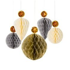 Pretty honey comb decor for Christmas or New Years http://www.sugarconfetti.com/Honeycombs-with-Glitter-Tops_p_923.html