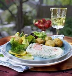 Scandinavian midsummer menu (thanks Boston Globe): Strawberries, small potatoes, dill, and fish pate make for a solstice feast. The next best thing to being there!