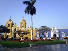 Look Followers thats Trujillo A very beautiful place. Let's go there    Come on    Viva Peru