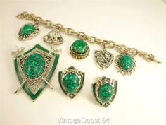 Vintage Star Green Enamel Heraldic Shield Bracelet Earrings Bracelet Parure (TR8