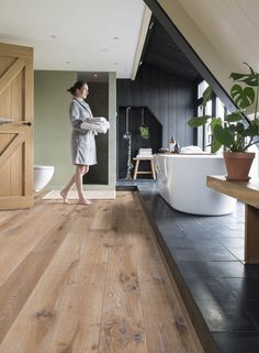 Mixing wood and tile flooring, who says it can't work...