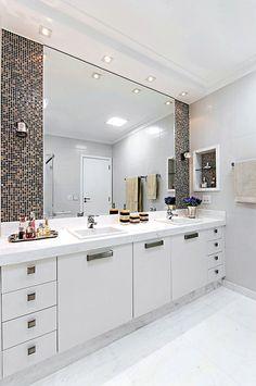 Interior Design Toilet, Bathroom Design Luxury, Modern Bathroom Design, Home Interior Design, Washbasin Design, Modern White Bathroom, Bathroom Design Inspiration, Home Decor Kitchen, Ideas