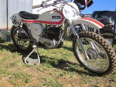 OldMotoDude: OSSA Stiletto MX at the 2014 Rattlers Run National... Mx Bikes, Motocross Bikes, Vintage Motocross, Flat Track Motorcycle, Flat Track Racing, Vintage Bikes, Vintage Motorcycles, Custom Bobber, Street Tracker