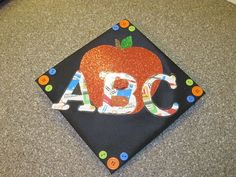 decorated graduation cap for elementary education major