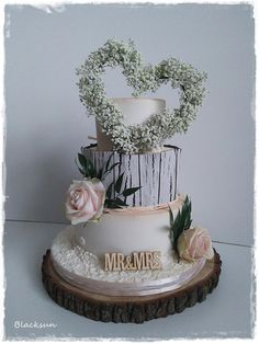 Wedding cake by Blacksun - http://cakesdecor.com/cakes/295377-wedding-cake