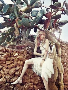 song-kyung-ah-by-yoon-myung-sub-for-vogue-korea-may-2015-4