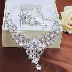 Decent and pretty diamond necklace rocks especially such big sized diamonds...;)