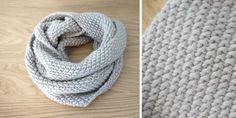 Avec l'arrivée du froid, j'ai eu soudain envie de lâcher mon crochet et mes amigurumis, pour de la laine bien moelleuse.     Je m'étais ach...