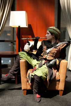 Dragoncon 2010 by Anna Fischer, via Flickr. The green pants are sirwal or Turkish trousers.
