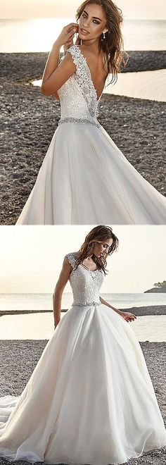 Gorgeous Tulle & Satin Scoop Neckline A-Line Wedding Dresses With Lace Appliques