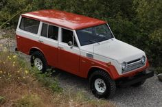 I love these early sport utilities. 72 FJ55