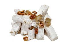 Adana yemekleri - Şeker Sucuğu: Su, şeker, nişasta kullanılarak yapılan bir Adana lezzetidir. Aşırı enerji verir.