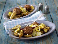 Topinambur-Salat in Senfvinaigrette zu Frikadellen
