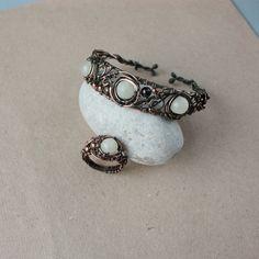 ring_and_bracelet_by_whitesquaw-d5b9nkl.jpg (1000×1000)