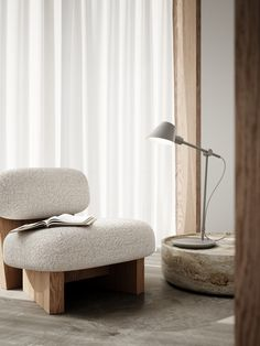 Stay is designed by Danish Maria Berntsen and is functional and beautiful lighting in one and the same design. Stay has several nice features, where the lamp's flexible swivel mechanism makes it possible to direct the light and create optimal lighting conditions. #Living Room #Interior Design #Inspiration #Décor Ideas #Nordic #Danish Design #Scandinavian #Modern #Minimalist #Cozy #Table Lamp #Desk Lamp #Lighting Light Table, Living Room Interior, Cozy Living, Verona, Curtains, Lighting, Chair, Furniture, Desk Lamp