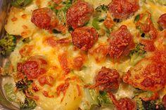 Blumenkohlauflauf mit Bratwurtsbällchen und Kartoffeln, ein schmackhaftes Rezept aus der Kategorie Gemüse. Bewertungen: 17. Durchschnitt: Ø 4,1.