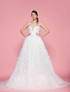 198b80b2834d5 43 Top فساتين زفاف وإكسسوارات العروس images