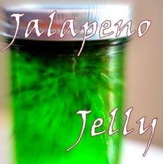 Pepper Jelly :) wonder how this compares to Nan's recipe Jalapeno Jelly Recipes, Stuffed Jalapeno Peppers, Stuffed Green Peppers, New Recipes, Favorite Recipes, Homemade Jelly, Fruit Preserves, Pepper Jelly, Marmalade