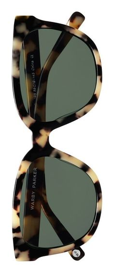 Totally crushing on the retro vibes of these Warby Parker tortoise shell, polarized sunglasses.