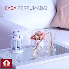 Aprenda a preparar aromatizadores naturais para perfumar a casa e descubra as fragrâncias que mais combinam com cada cômodo.
