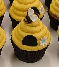 how to make a bumble bee cake | Pin Fondant Bumble Bee Cake And Cupcake Toppers By Partysweetness Cake ...