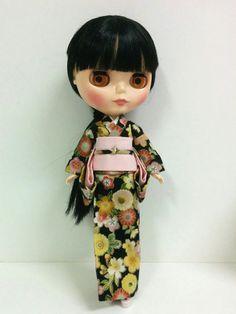 Black Floral Kimono for Neo Blythe by SKSungDesigns on Etsy